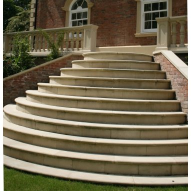 Curved Bullnose Cast Stone Steps