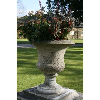 The Small Knightsbridge Stone Garden Planter