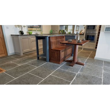Strata Stone Urbino Internal and External Limestone 560mm by 840mm Tumbled Tile Slab Pack - 15.98m2