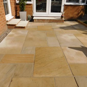 Mint Fossil Sandstone Paving Slab Patio Kit - 19.19m2 Project Pack
